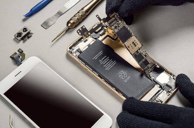 Akkutausch Smartphones I+M Elektronik