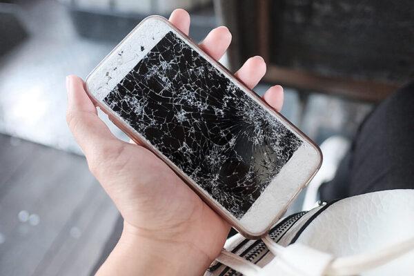 Reparatur Smartphone Displays I+M Elektronik